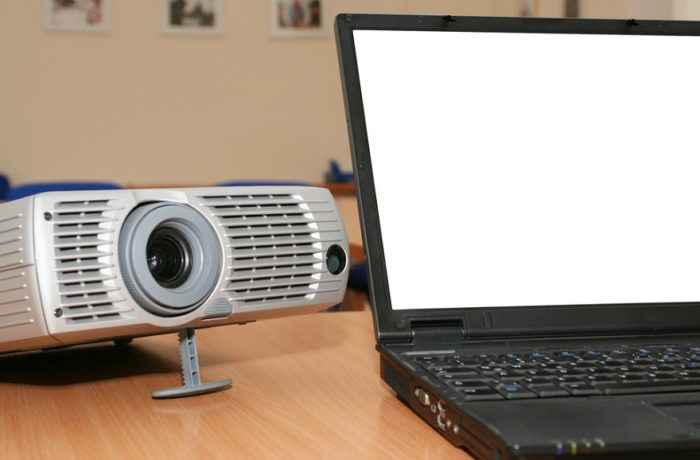 How to Connect Your Projector with a Laptop
