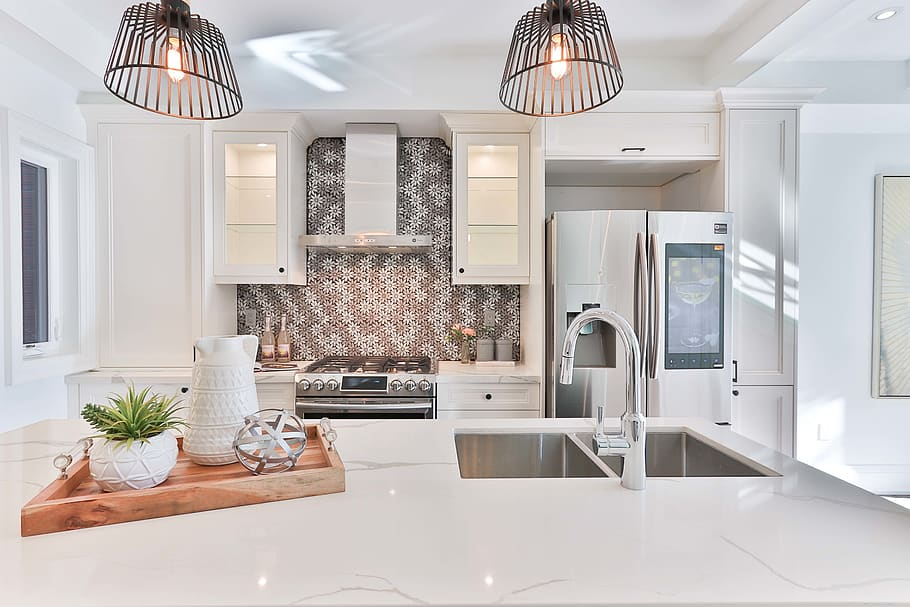Should You Decorate Above Kitchen Cabinets A Detailed Guide In 2020